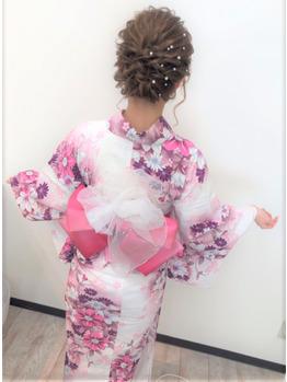 ウレアのヘアセット(着物や浴衣)の写真