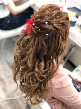 ウレアのヘアセット(ハーフアップ)の写真